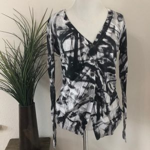 Simply Vera Vera Wang ladies button up sweater (s)